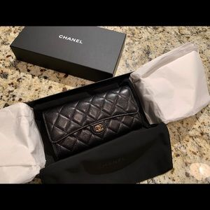 Caviar Chanel Wallet with gold hardware